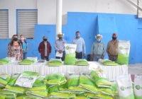 Entrega Rafael Mendoza semillas de maíz 100% gratuito a productores para sembrar 100 hectarias