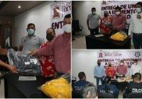 Ante la temporada de lluvias el presidente Carlos Carrasco entrega equipo a elementos de seguridad y protección civil municipal
