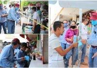El alcalde de Tecomán entrega cubrebocas e invita a la población a usarlos