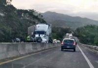 En Manzanillo, ciclista en sentido contrario choca de frente contra motociclista; ambos mueren