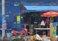 Sin tregua los asaltos a mano armada en Tecomán; ahora fueron dos tiendas de abarrotes