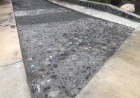 Alcalde Rafael Mendoza da rehabilitado una calle de la comunidad de Quesería