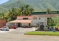 A mano armada asalta gasolinera sobre la autopista en Tecolapa; se lleva 5 mil pesos