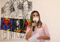 Develan obra artística para rendir homenaje a médicas y médicos en su día: DIF Estatal
