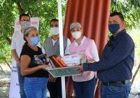 Entrega el DIF Estatal Proyectos Comunitarios en Ixtlahuacán