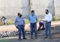 Supervisa Elías Lozano obras de rehabilitación de red de agua potable en Infonavit las huertas, y colocación de techumbre en Secundaria no. 20