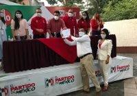 Jonathan Castillo toma protesta como Delegado de la CNOP Tecomán