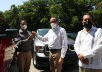 Gobernador entrega vehículos equipados a la Fiscalía General del Estado