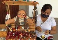 Realizan tianguis artesanal en los portales de Comala