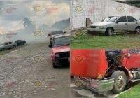 Encapuchados incendian un automóvil, una camioneta y la cabina de un trailer en Tecomán