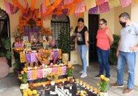 Blanca Itzel Méndez Urzúa, primer lugar en el concurso de Altar de Muertos en el municipio de Colima