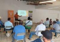 """Con éxito se llevó a cabo la conferencia """"Buenas Prácticas de Manejo de Ensilaje Forrajeros"""""""