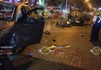 Mujer se pasa el semáforo en rojo en Manzanillo y lesiona a un Marino