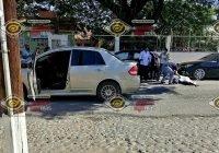 Grave mujer mayor al ser atropellada frente al Centro de Salud Morelos, en Tecomán