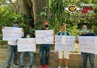 Ciudadanos se manifestan contra Felipe Cruz a las afueras del Congreso del Estado
