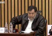 Noroña se rehúsa a utilizar cubrebocas en el INE; Consejeros abandonan la sesión