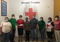 Apoya Virgilio con gasolina a Cruz Roja Armería.