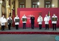 Gobierno de México reconoce con la Condecoración Miguel Hidalgo en Grado Placa al personal de salud de 980 hospitales COVID