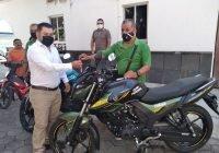 En Armería, refuerzan con motocicletas trabajo en las áreas de ingresos