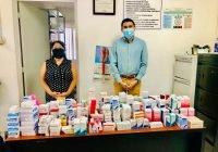 Dona Fernando Kali medicamento al centro de Salud de Las Conchas, en Ixtlahuacán