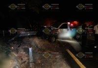 Un hombre muere prensado sobre la carretera Guadalajara-Colima, en el Trapiche