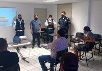 Capacita Policía Vial de Tecomán a repartidores y motociclistas en general