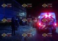 Tren arrolla a motociclistas en Coquimatlán, hay un muerto y un herido