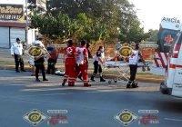 Hombre y mujer embarazada resultan lesionados tras accidente vial en Manzanillo