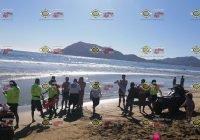 Rescatan a dos turistas de morir ahogados en playas de Manzanillo