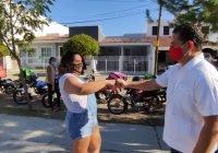 Moto repartidores piden el apoyo de Carlos Farías para organizarse formalmente