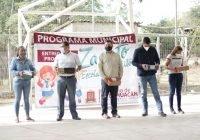 Lleva beneficio alcalde Carlos Carrasco a la localidad 26 de julio