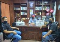 Apoya Salvador Bueno con luminarias a Cofradía de Juárez y Flor de Coco