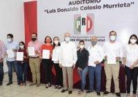 Entrega PRI constancias a precandidatos a diputados locales y alcaldías
