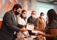 Las y los maestros son una gran fortaleza para superar los retos que ha generado la pandemia: Locho Morán