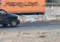 Muere un hombre al ser atropellado sobre la autopista, en la colonia Bayardo, Tecomán