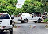 Ejecutan a un hombre dentro de una vecindad en Santiago, Manzanillo