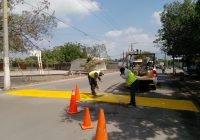 Ayuntamiento de Tecomán continúa con el balizamiento vial en distintas calles del municipio