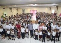 En el Gobierno de Nacho se han entregado casi 350 mil uniformes escolares