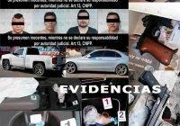 Fiscalía asegura armas, vehículos, droga y detiene a ocho hombres en Tecomán