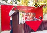Se registra Margarita Moreno como precandidata del PRI a la alcaldía de Colima