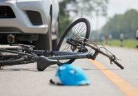 Menor es atropellada mientras jugaba en bicicleta en Villa de Álvarez