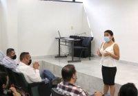 Capacitan a personal directivo del campus Manzanillo para que realice mejor su trabajo