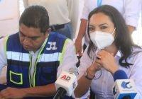 Colegios de Manzanillo y paterfamilias respaldan a Mely Romero y a Jorge Luis