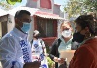 Riult Rivera caminó con vecinos de la Colonia Real Centenario