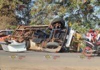 Se vuelca Pipa sobre la carretera Cofradía de Morelos- Tecomán