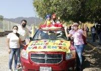 Viven caravana de emocionesen Manzanillo