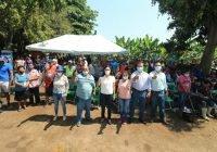 Ofrece Mely Romero programas de apoyo y capacitación a trabajadores del campo