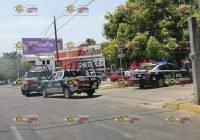 ¡ Diez a los polis ! Detienen a dos; uno robó alhajas en VdA y otro asaltó a mano armada en Colima