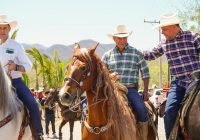 Virgilio Mendoza, Guty Morales, Romero Coello y Mario Anguiano encabezan tradicional cabalgata