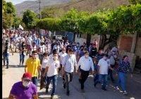Mi compromiso con la educación será crear un programa municipal de becas: Carlos Carrasco